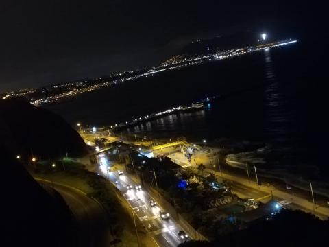 Costa Verde de noche