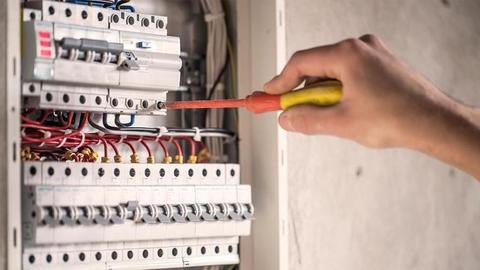 Garantice la seguridad de sus instalaciones con inspecciones en RETIE y RETILAP