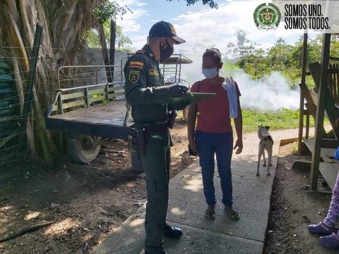 NUESTROS POLICÍAS EN EL CORREGIMIENTO DE TARAPACÁ AMAZONAS DESARROLLARON ACTIVIDADES DE SOCIALIZACION
