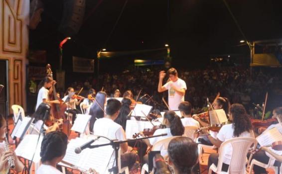 Orquesta en Pirarucu de Oro