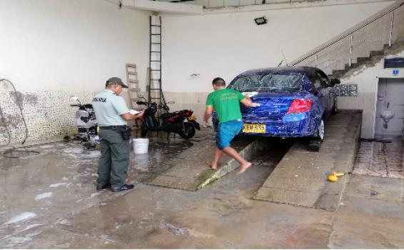 image for Realizan control a lavaderos de vehiculos en el municipio