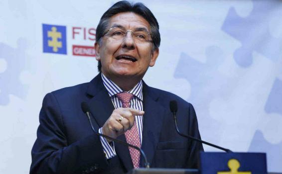 Nestor Humberto Martinez en rueda de prensa