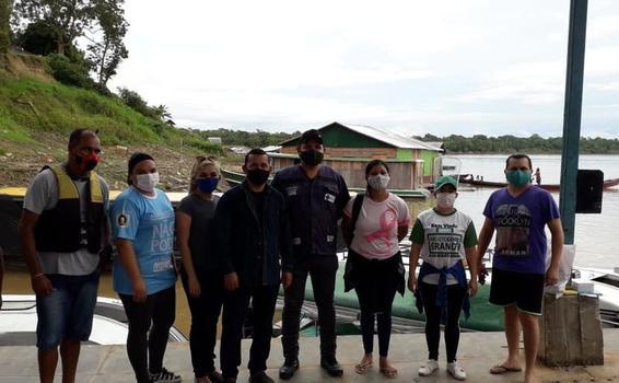 image for Equipe da secretaria de saude rumo a comunidade de Estirao do Equador