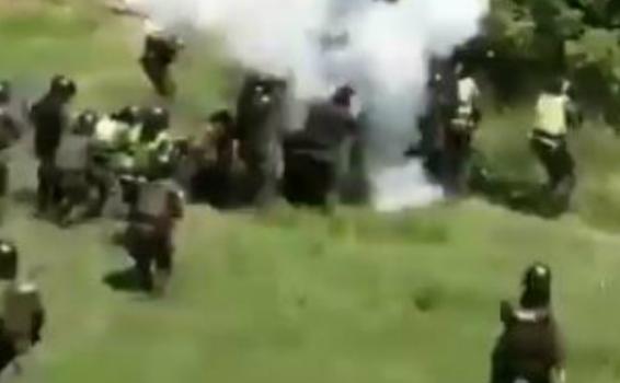 image for Hieren gravemente a policía en Neiva con papa bomba