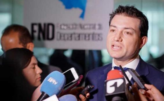 image for BILLONES DE PESOS SE PIERDEN POR EVASIÓN DE IMPUESTOS, CONTRABANDO Y OTROS