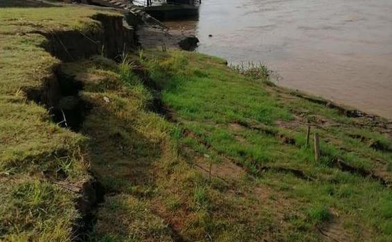 image for Río Amazonas está a punto de llevarse el embarcadero
