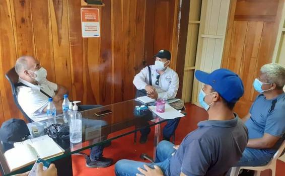 image for Alcalde de Puerto Nariño se reunió con director de Corpoamazonia
