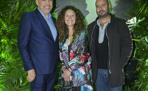 """image for Netflix formaliza la alianza de """"Frontera Verde"""" con El Festival Internacional de Cine y Ambiente Itinerante del Amazonía"""