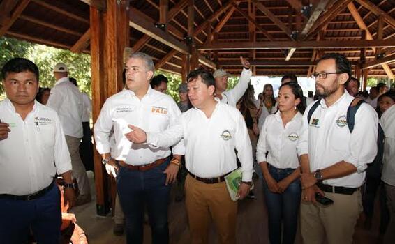 image for Fuertes críticas al evento del presidente en el Amazonas