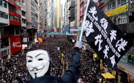 image for Activistas en Hong Kong salen este domingo a las calles a marchar