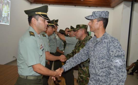 Fuerza Aérea Colombiana participa en la ceremonia de ascenso de la Policía Nacional en el Amazonas