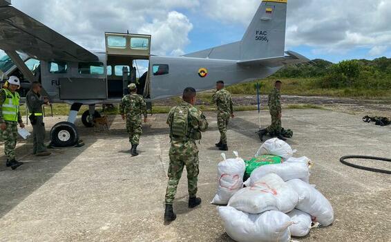 Apoyo aéreo brindado a la Fuerza Pública en el sur del país