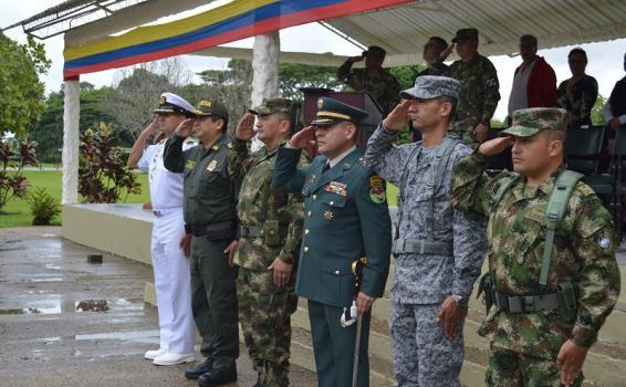 GAAMA participa en ceremonia militar de transmisión de la Brigada de Selva N°26