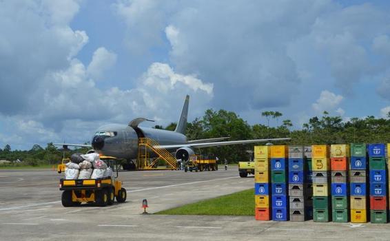 Continúa el transporte de residuos de posconsumo en los aviones de su Fuerza Aérea