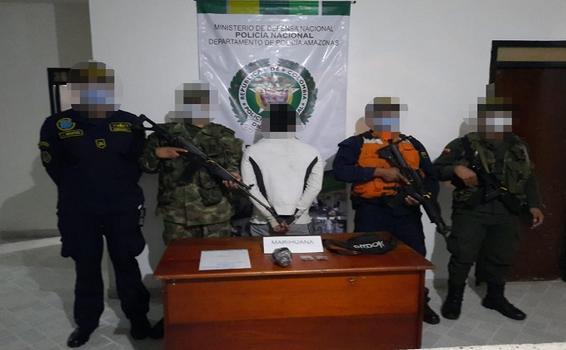 EN FLAGRANCIA POLICÍA CAPTURA A SUJETO CON 192 GRAMOS DE ESTUPEFACIENTE EN EL MUNICIPIO DE PUERTO NARIÑO EN EL AMAZONAS