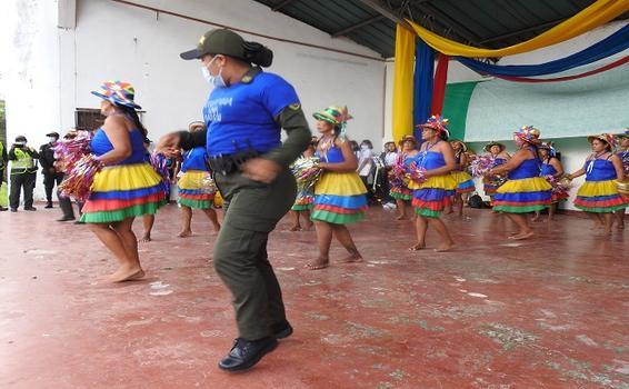 CON ACTIVIDADES CULTURALES, PROMOVEMOS LA CAMPAÑA #ColombiaUnaRazón
