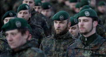 Soldados Europeos en una formacion