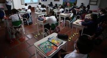 image for 42 colegios han vuelto a la presencialidad