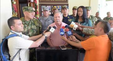 Rueda de prensa de militares en Buenabentura