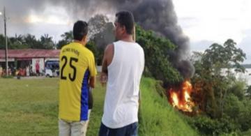 image for Homem ateia fogo em carro e joga no barranco da Comara