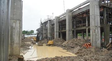 image for Gobernador visita obra en Indiana Y Mazan