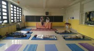image for Escuela primaria en EE UU reemplaza el castigo por la meditación