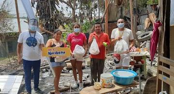 image for Jóvenes loretanos llevan ayuda a afectados por incendio