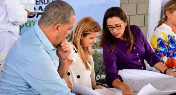 image for Alcalde de Barranquilla y gobernadora Noguera los mejores calificados del país