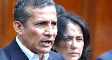 EXpresidente Ollanta al lado de la esposa