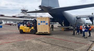 image for Fuerza Aérea traslada  planta generadora de oxígeno medicinal