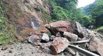 image for Cierre total de dos vías por derrumbes en Antioquia