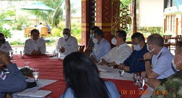 image for Reunião de autoridades de Tabatinga e Letícia