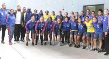 image for Director de Coldeportes compartió con la Selección Colombia femenina de fútbol