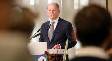 Ministro de Finanzas aleman en una rueda de prensa