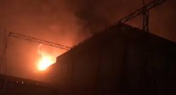 image for Incêndio destrói prédio da antiga Esplanada na Compensa