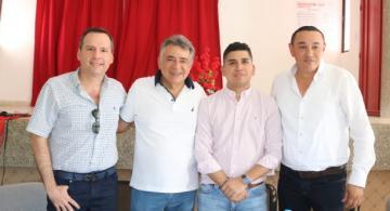 Ministro de Vivienda junto al Gobernador de Sucre
