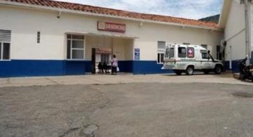 image for Investigan si agua provocó intoxicación en San Gil