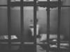 Persona en una celda