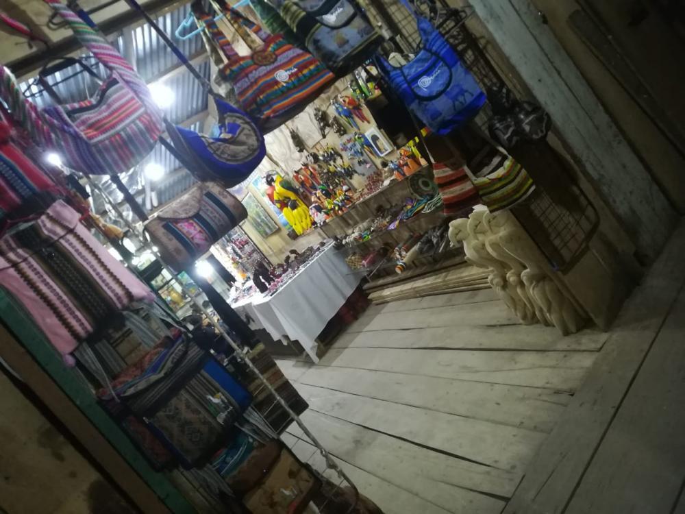 Local de artesanias en Iquitos