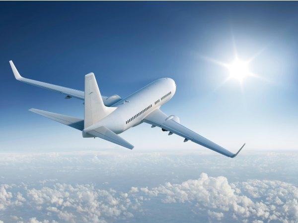 viajar-en-avion.jpg
